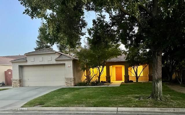 2357 E Fallbrook Avenue, Fresno, CA 93720 (#566639) :: CENTURY 21 Jordan-Link & Co.