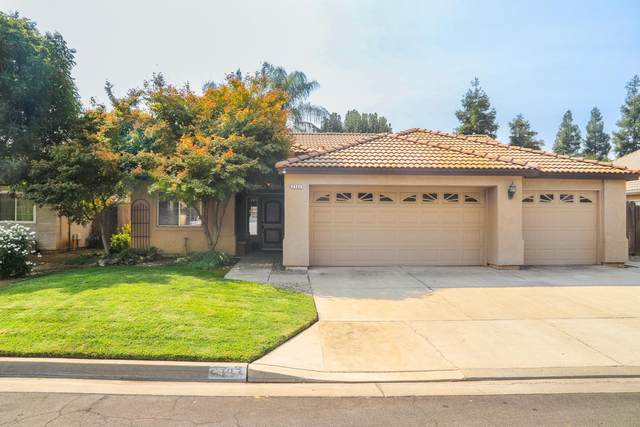 2137 E Powers Avenue, Fresno, CA 93720 (#566685) :: Raymer Realty Group
