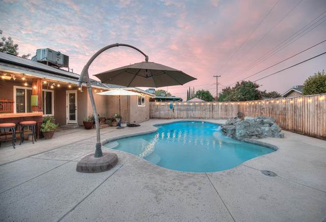 5520 N Angus Street, Fresno, CA 93710 (#566702) :: Raymer Realty Group