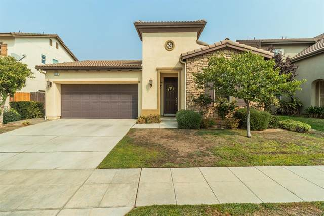 10598 N Whitney Avenue, Fresno, CA 93730 (#566916) :: Raymer Realty Group