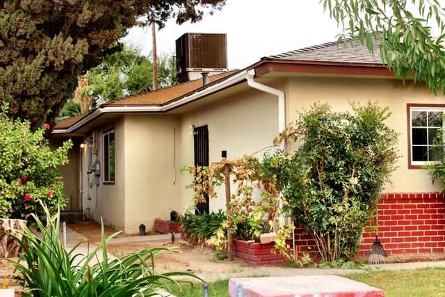 982 S Manor Drive, Kerman, CA 93630 (#566949) :: Twiss Realty