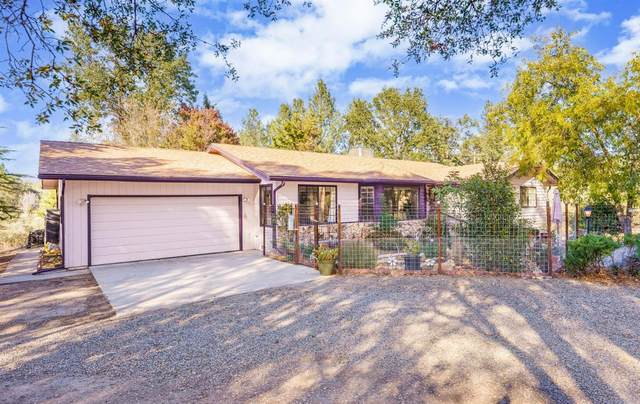 41256 Sky Vista Place, Oakhurst, CA 93644 (#568028) :: Raymer Realty Group