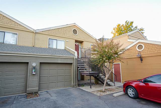 7675 N 1st Street #222, Fresno, CA 93720 (#568208) :: Raymer Realty Group