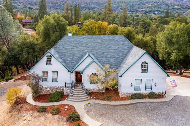 49782 Meadowview Drive, Oakhurst, CA 93644 (#568357) :: Raymer Realty Group