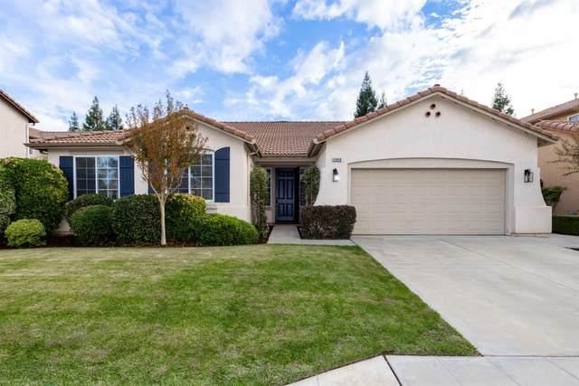 2668 Hampton Way, Clovis, CA 93611 (#568360) :: Raymer Realty Group