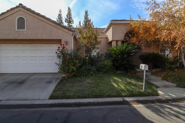 1071 E Manhattan Avenue, Fresno, CA 93720 (#568376) :: Raymer Realty Group