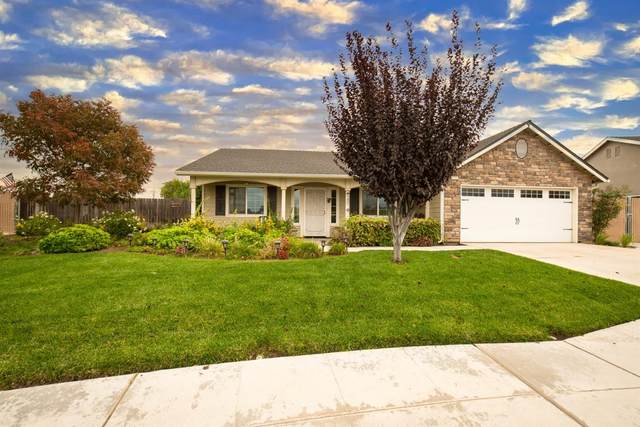 5281 W Terrace Avenue, Fresno, CA 93722 (#568423) :: Raymer Realty Group