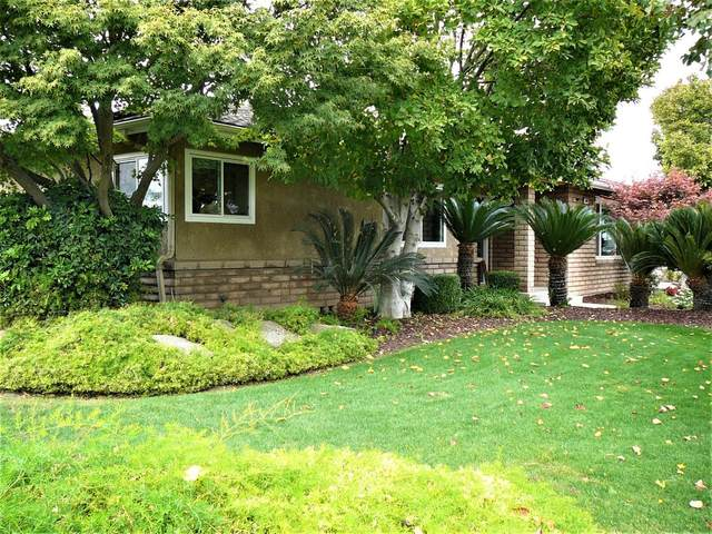 6807 N Garden Avenue, Fresno, CA 93710 (#568443) :: Raymer Realty Group