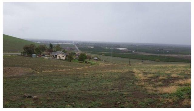 0 Rocky Hill Rd, Exeter, CA 93221 (#493147) :: FresYes Realty