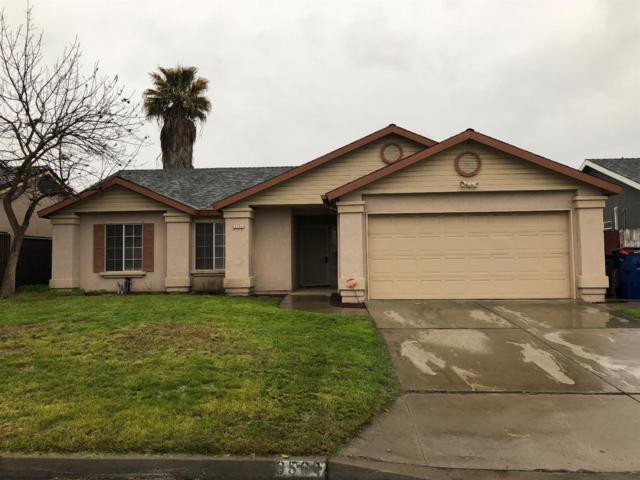 3561 W Weldon Avenue, Fresno, CA 93722 (#499385) :: FresYes Realty