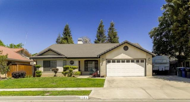 164 W Dickens Avenue, Tulare, CA 93274 (#502561) :: FresYes Realty