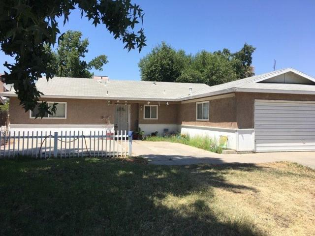 3630 W College Avenue, Visalia, CA 93277 (#505350) :: FresYes Realty