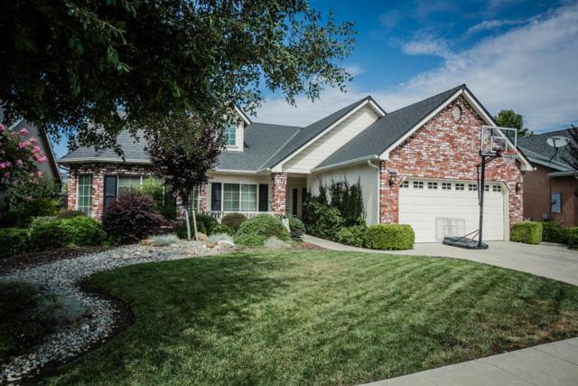 8943 N Winery Avenue, Fresno, CA 93720 (#506499) :: FresYes Realty