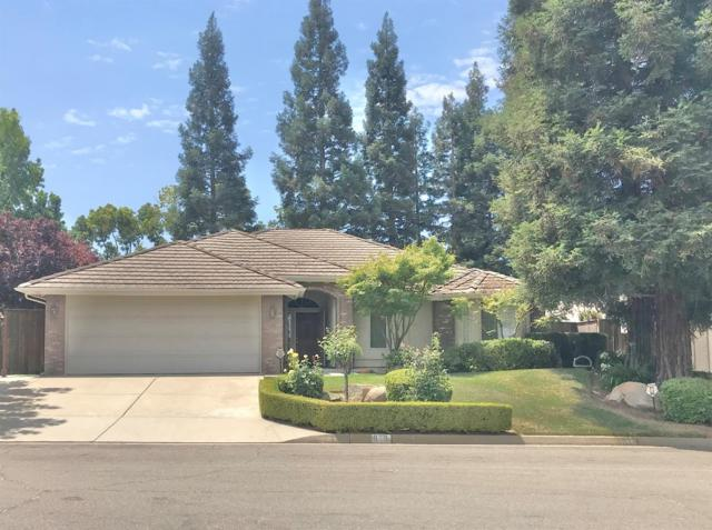 973 E Coventry Court, Fresno, CA 93720 (#506549) :: FresYes Realty