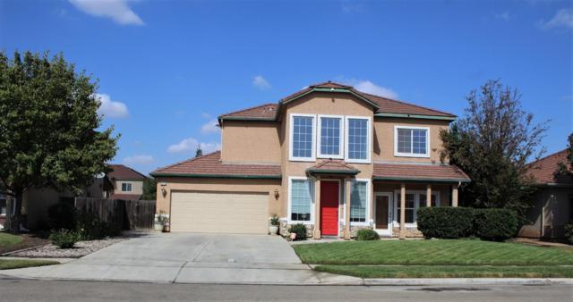 2976 Holt Avenue, Sanger, CA 93657 (#512282) :: Soledad Hernandez Group