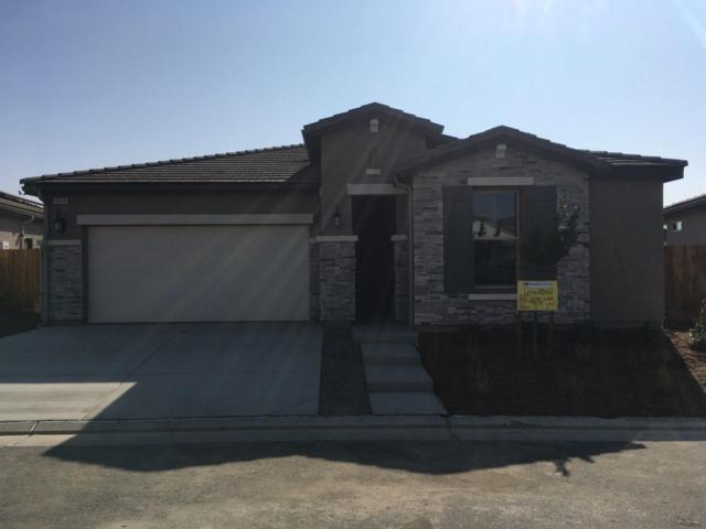 3830 Leigh Lane, Clovis, CA 93619 (#513498) :: FresYes Realty