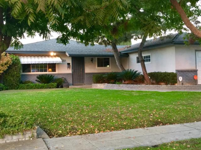 4935 E Leisure Avenue, Fresno, CA 93727 (#513509) :: FresYes Realty