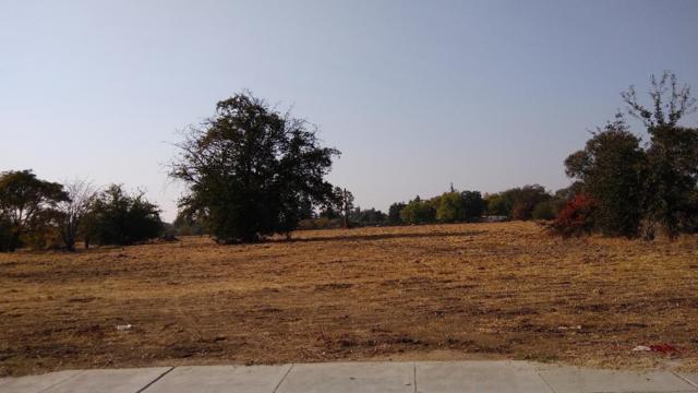 302 S Peach Avenue, Fresno, CA 93727 (#513559) :: FresYes Realty