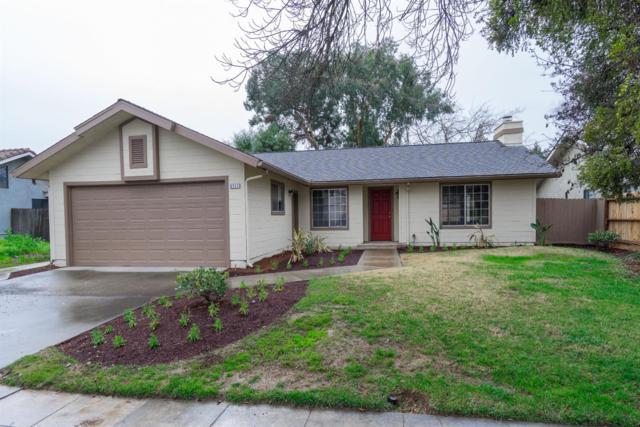 4711 W Sierra Avenue, Fresno, CA 93722 (#515933) :: Raymer Realty Group