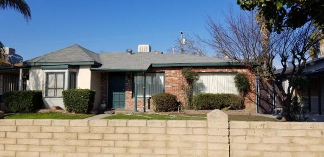 330 W Pinedale Avenue, Pinedale, CA 93650 (#516856) :: Soledad Hernandez Group