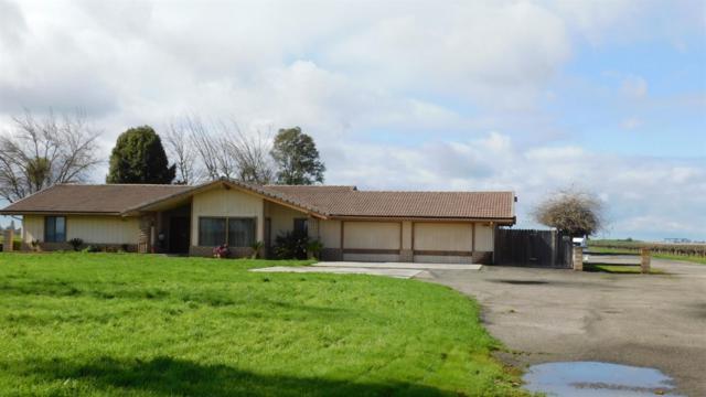 40983 Road 70, Dinuba, CA 93618 (#517794) :: Soledad Hernandez Group
