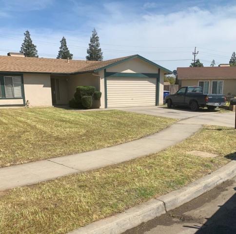 2529 S Jade Avenue, Fresno, CA 93725 (#521563) :: FresYes Realty