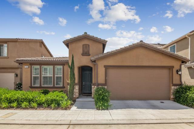 7129 N Astoria Drive, Fresno, CA 93722 (#523265) :: FresYes Realty