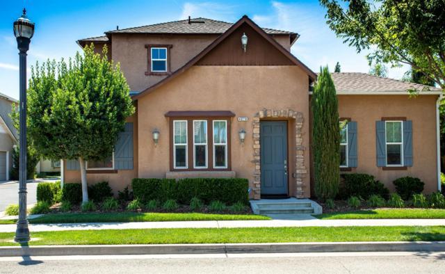 4076 Trenton Avenue, Clovis, CA 93619 (#525039) :: Raymer Realty Group