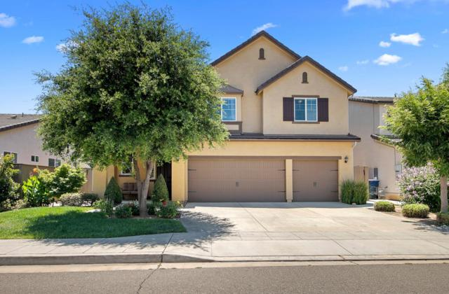 4110 Richmond Avenue, Clovis, CA 93619 (#525701) :: FresYes Realty