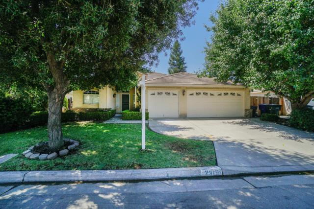 2319 E Niles Avenue, Fresno, CA 93720 (#527095) :: FresYes Realty