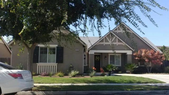 2963 17Th Avenue, Kingsburg, CA 93631 (#528056) :: Raymer Realty Group