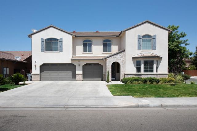 5880 W Donner Avenue, Fresno, CA 93722 (#528190) :: Raymer Realty Group