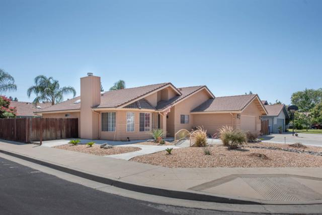 2558 Sample Avenue, Clovis, CA 93611 (#528372) :: Raymer Realty Group