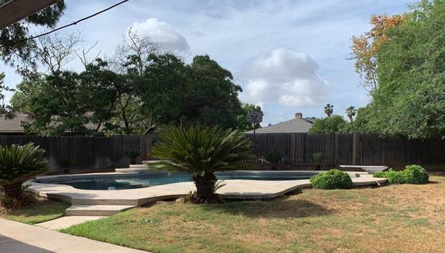 5635 N Prospect Avenue, Fresno, CA 93711 (#530467) :: FresYes Realty