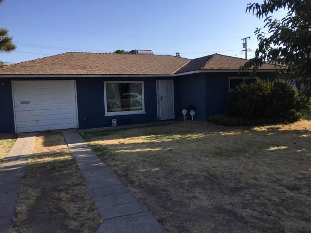 4692 E Vassar Avenue, Fresno, CA 93703 (#530551) :: FresYes Realty