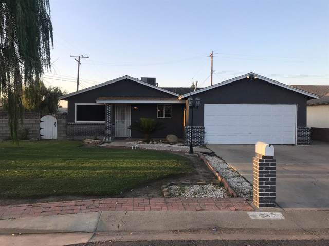 1578 W Maple Avenue, Tulare, CA 93274 (#531145) :: FresYes Realty