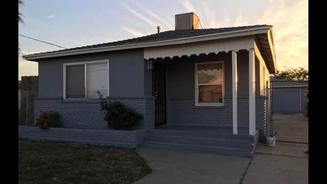 2582 S Walnut Avenue, Fresno, CA 93706 (#531962) :: FresYes Realty