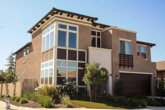 1929 E Via Fiore Avenue, Fresno, CA 93730 (#532302) :: FresYes Realty