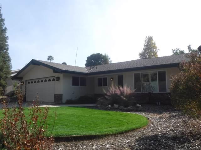 1323 W Flora Avenue, Reedley, CA 93654 (#533850) :: FresYes Realty