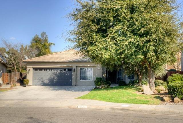 8274 N Winery Avenue, Fresno, CA 93720 (#537887) :: Realty Concepts