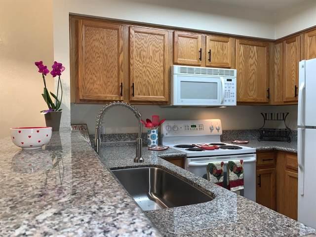 2881 Huntington Boulevard #153, Fresno, CA 93721 (#538324) :: FresYes Realty