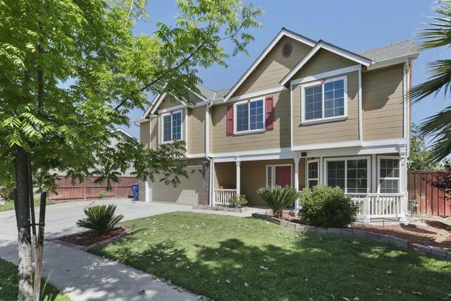 962 Tranquilitty, Lemoore, CA 93245 (#540351) :: FresYes Realty