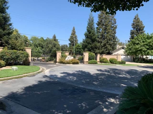2300 Sierra St. #109, Kingsburg, CA 93631 (#541410) :: FresYes Realty