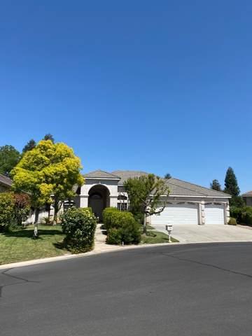 10455 E Acacia Avenue, Clovis, CA 93619 (#542037) :: FresYes Realty