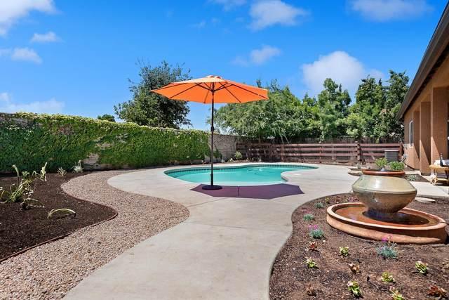 5910 E Mono Street, Fresno, CA 93727 (#542450) :: Your Fresno Realty | RE/MAX Gold