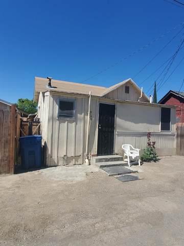 746 J Street #1, Los Banos, CA 93635 (#543920) :: FresYes Realty