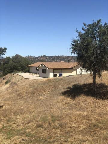 29772 Lilley Mountain Court, Coarsegold, CA 93614 (#545908) :: Dehlan Group