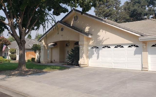 2550 Sandell Avenue, Kingsburg, CA 93631 (#547717) :: Raymer Realty Group