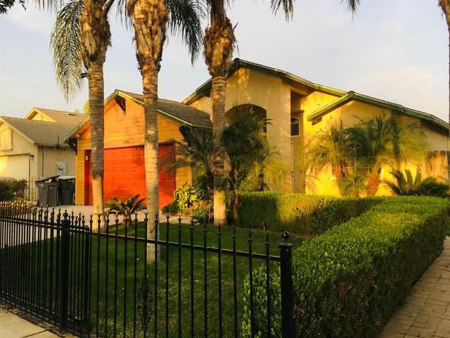 1396 N Sandau Avenue, Fresno, CA 93727 (#549541) :: FresYes Realty
