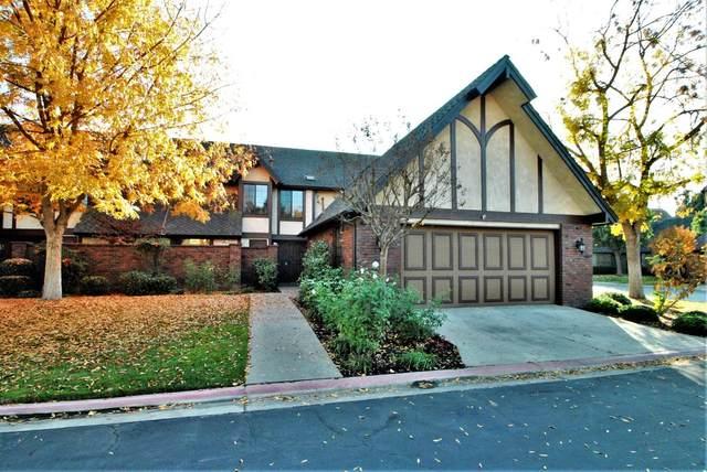 2827 W Compton Court, Fresno, CA 93711 (#550910) :: FresYes Realty